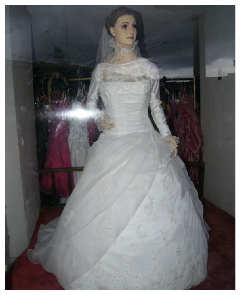 Mannequin In Bridal Store Window Is Rumored To Be A Corpse