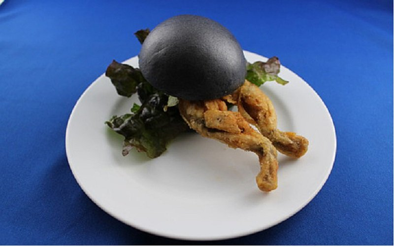 Japanese Nature Museum Is Offering Deep Fried Frog Burgers