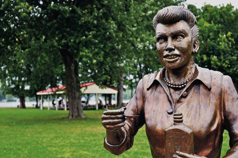 Lucille Ball Statue In Hometown Drawing Fire