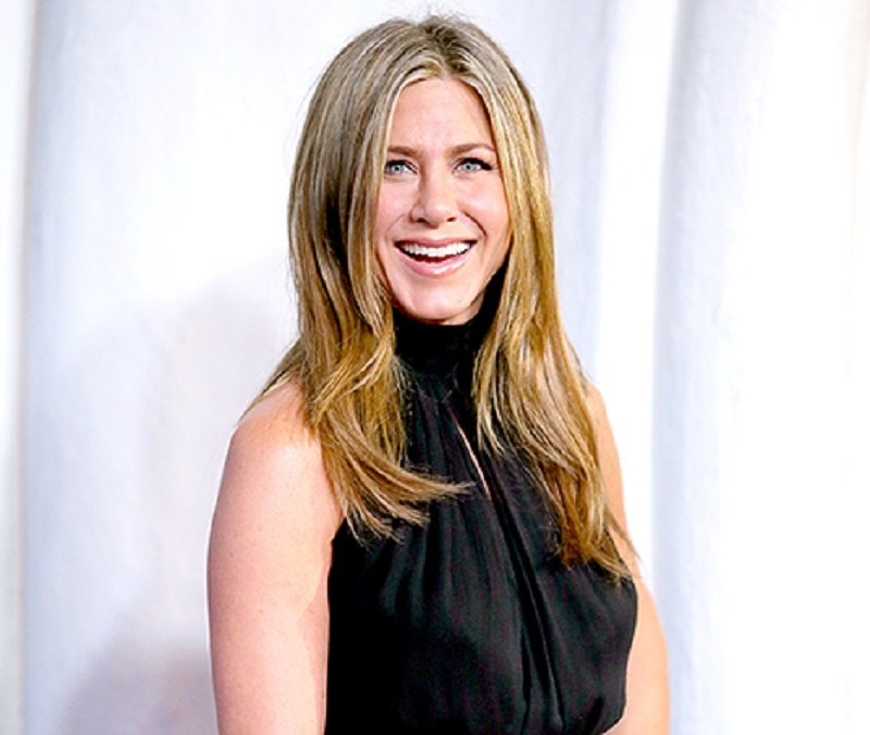 "Mean Girls Spin-Off ""Mean Moms"" May Star Jennifer Aniston"