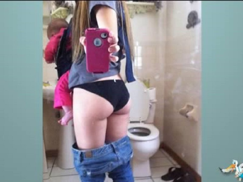 10 Selfies That Are Hilarious And Weird