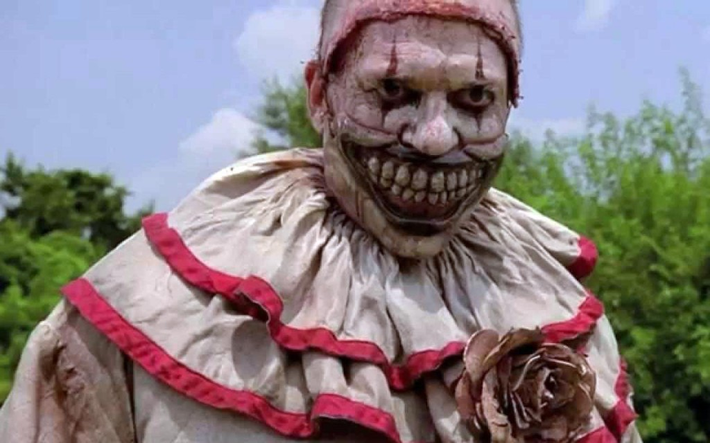 20 Scary Clowns In Movies And TV Shows That Will Give You Nightmares