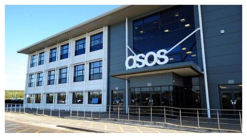 ASOS Workers Are Urinating In Water Fountains Due To Short Breaks