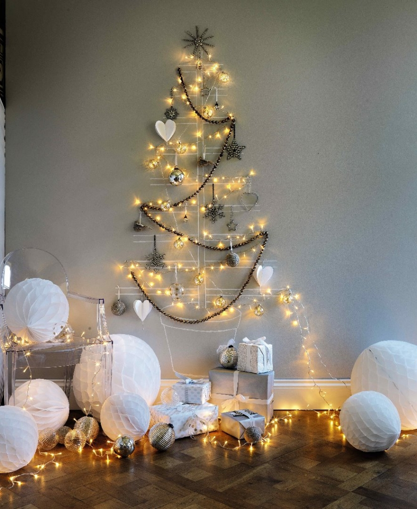 Eight Incredibly Creative Alternative DIY Christmas Trees