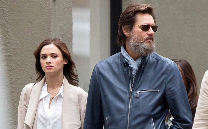 Jim Carrey's Ex-Girlfriend Writes Final Tweet Before Committing Suicide