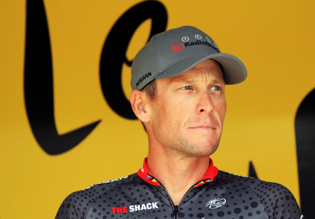 Lance Armstrong Pays Tour De France 10 Million Dollars