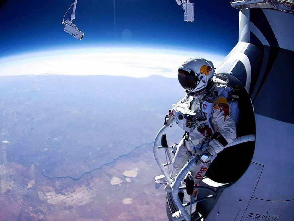 10 Of The Craziest Daredevils In The World