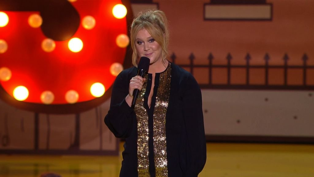 Amy Schumer Has 1D Fans In An Uproar Over Zayn Malik Joke At MTV Movie Awards