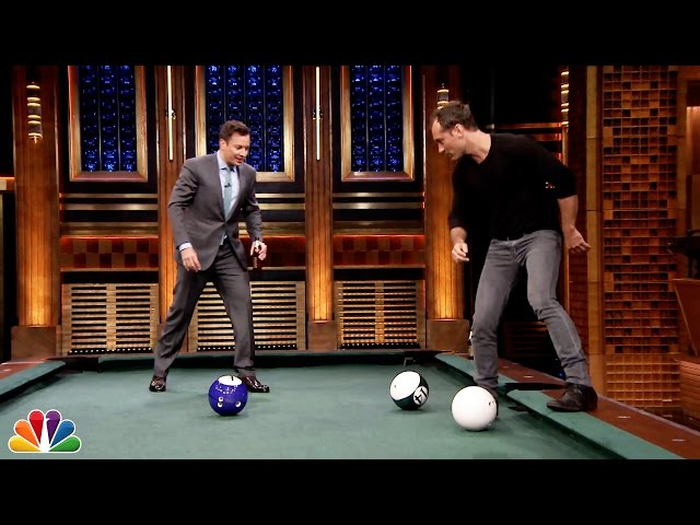 Jude Law And Jimmy Fallon Play Pool Bowling On The Tonight Show